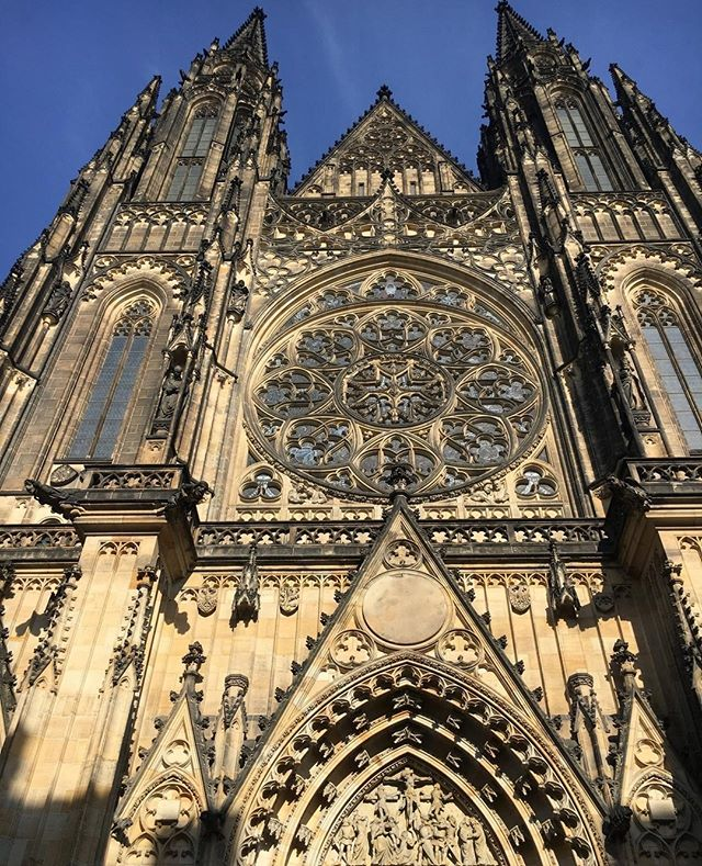 What a beautiful cathedral in Prague! Happy Sunday.⠀ ⠀ Take a trip and see the sights from Budapest. You won't want to miss it. ⠀ ⠀ ⠀ LINK IN BIO⠀ ⠀ ⠀ ⠀ ⠀ #blackgirlinbudapest #bgib #hungary #budapest #traveltheworld #blackmagicgirl #blackwomantravel #travel #internationaltravel #blacktravel #travelblogger #blackgirlstravel #travelgram #meettheworld #explore #love  #localsknow #girlslovetravel #Expat #Expatmom #Expatwife