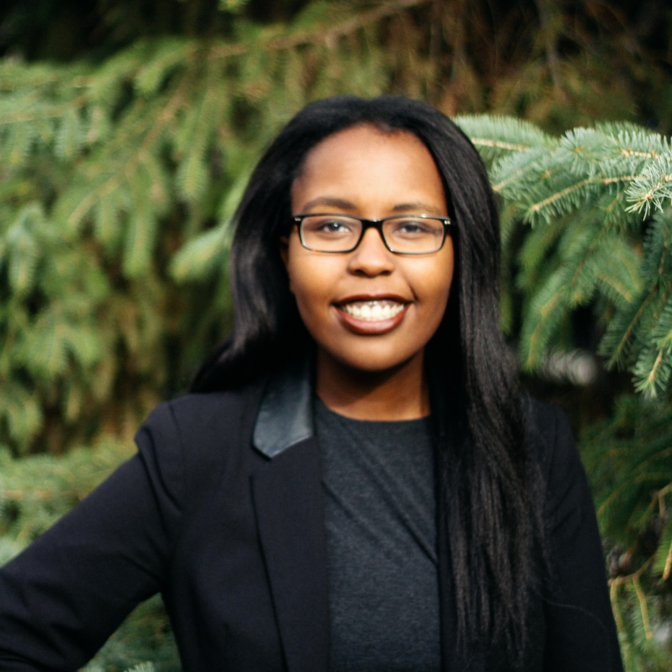 SoCo Project Leader:Makena Kigunda - Makena is an ambitious undergraduate student and avid volunteer at the University of Alberta, pursuing a Bachelor of Commerce in Business Economics & Finance. In her spare time she enjoys reading, writing poetry, and dancing (but only when nobody's around). Alongside pursuing career opportunities in management consulting and investment banking, Makena envisions starting her own venture, publishing a series of novels, and exploring different parts of the world.