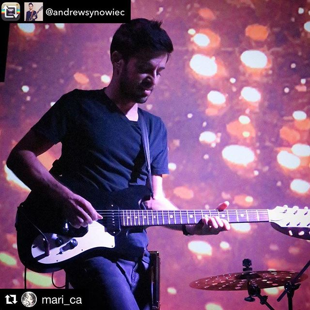 That #Flyweight looks good on you, Andrew! 😉 - Repost from @andrewsynowiec using @RepostRegramApp - Good times last night with @jagoboom & @joeliban - #baferguson #loveishandmade #handcrafted #madeinusa #elpasoproud #rocknroll #guitar #dowhatyoulove #geartalk  BAFerguson.com  #gearybusey #tonemob #gearphoria #knowyourtone #whatsonyourbench  #elpasostrong
