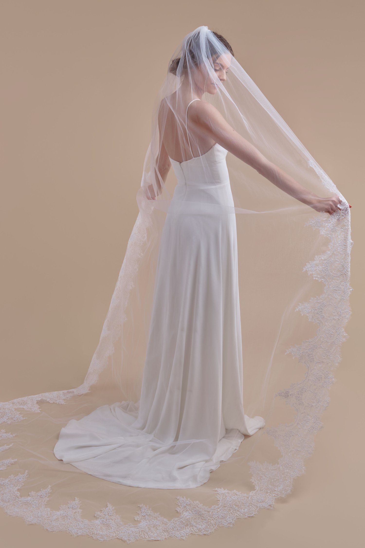 Anomalie, Royal Treatment Cathedral Length, Affordable Veil.jpg