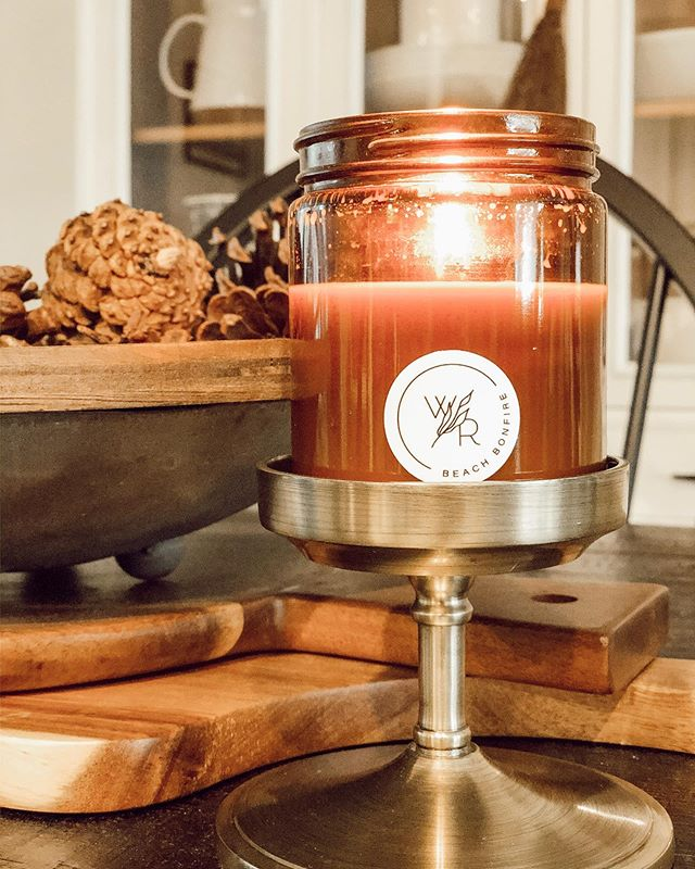 ✨ Cozy Vibes ✨ . . . #candles #soycandles #fall #falldecor