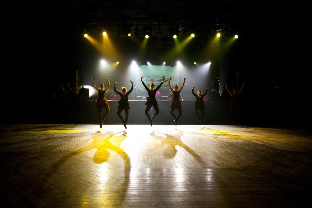 vatersay-boys-dancers-barrowlands.jpg