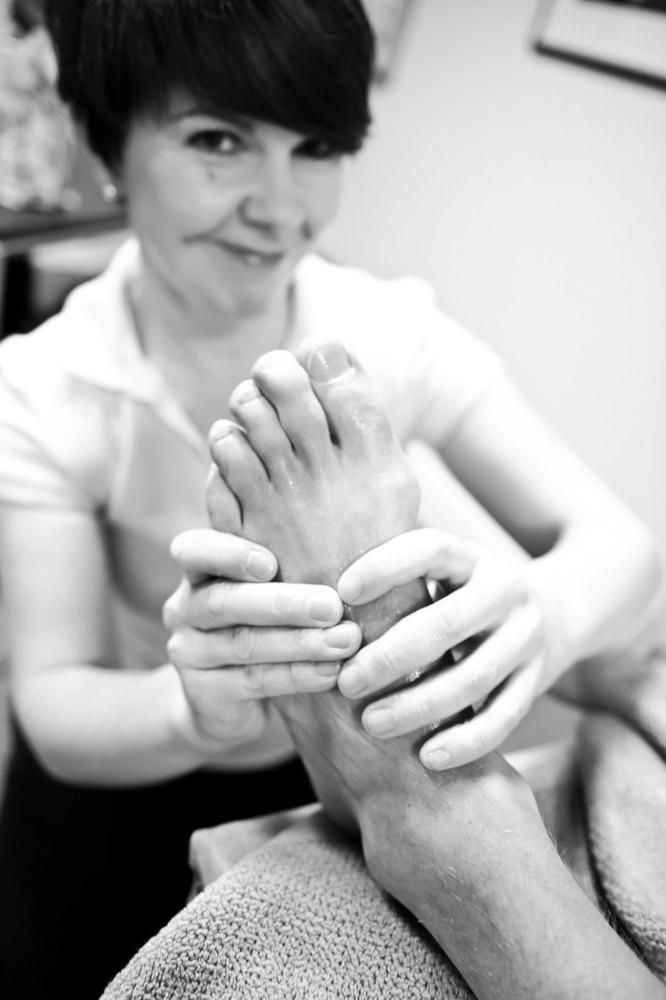 massage-therapist-commercial-photography-elizabeth-bandeen.jpg
