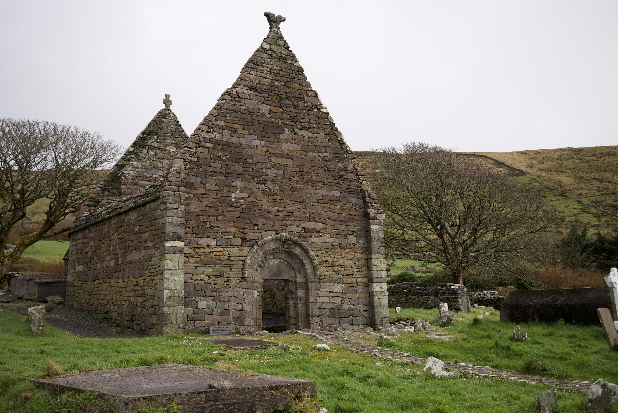 This is the ruined church of Kilmalkedar, an old Normal center of worship on the Dingle peninsula.