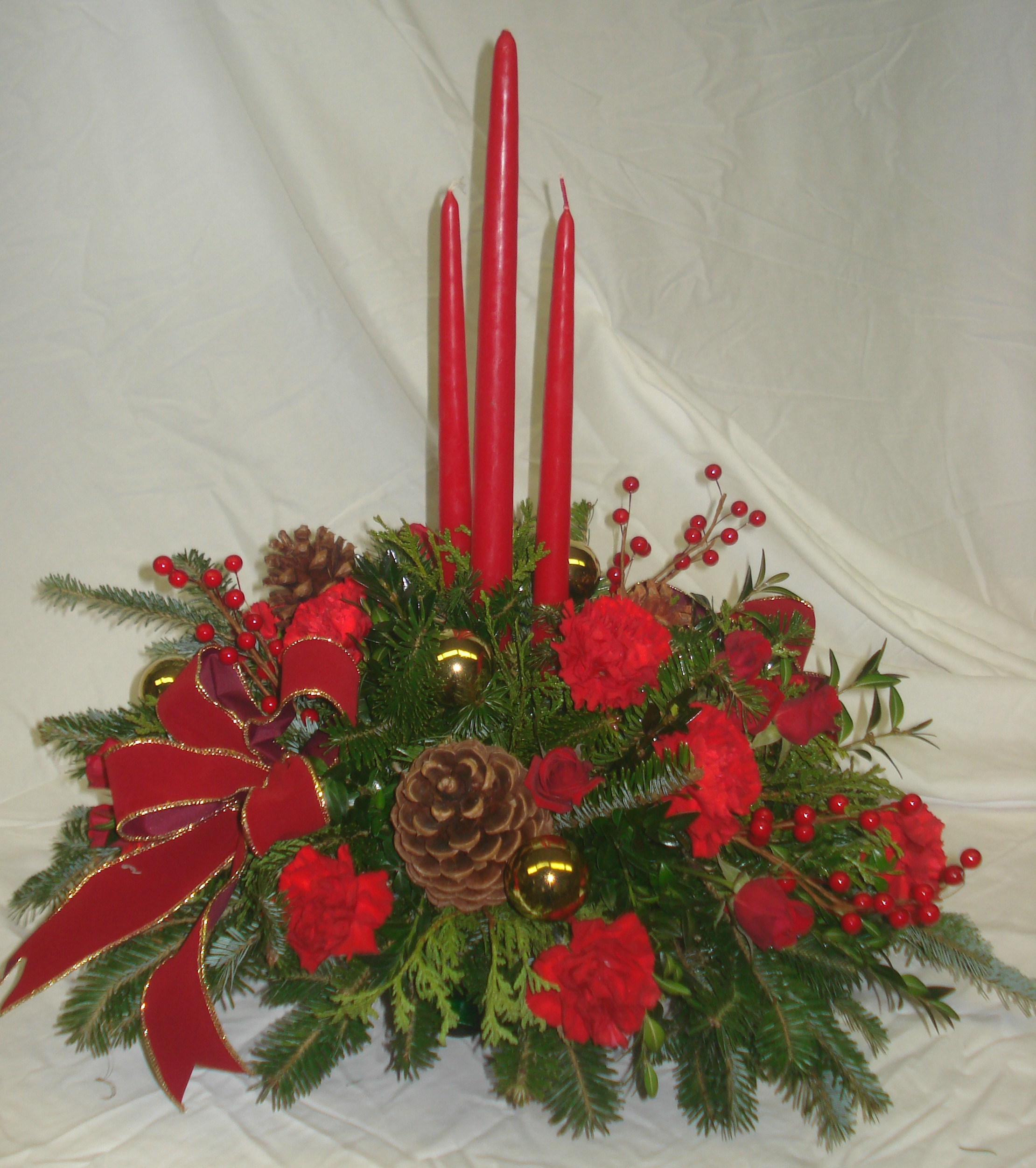 C- Triple Candle Red with red flowers.jpg