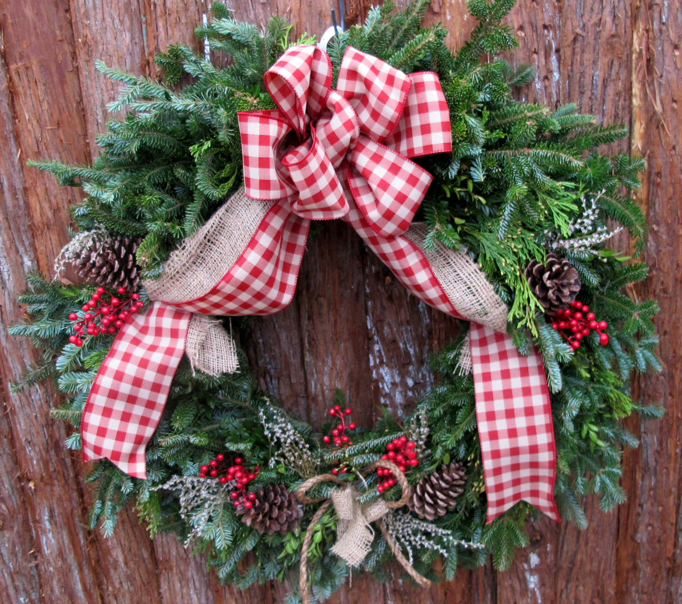 W- Country wreath with twine.jpg
