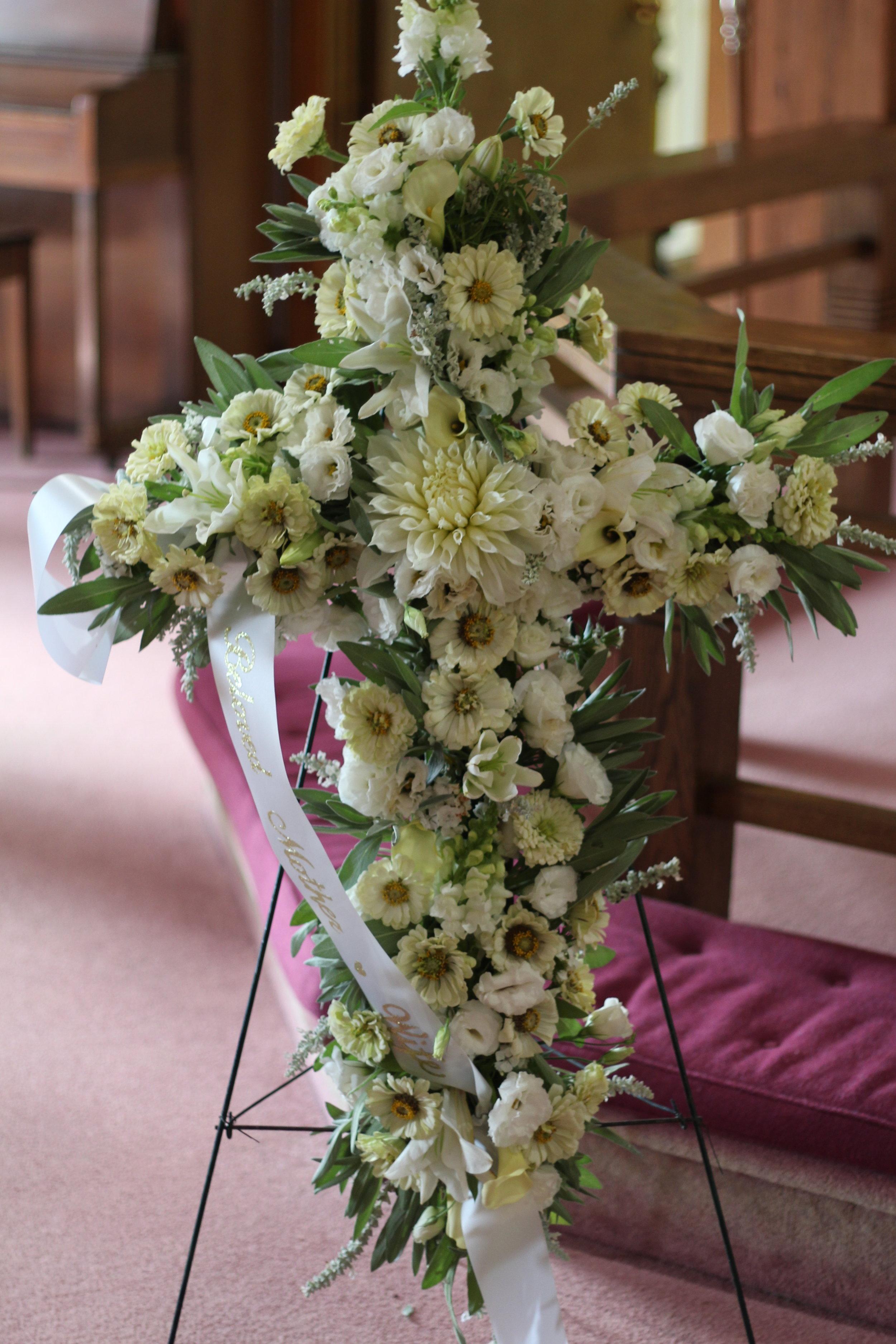 C- White flowers.JPG