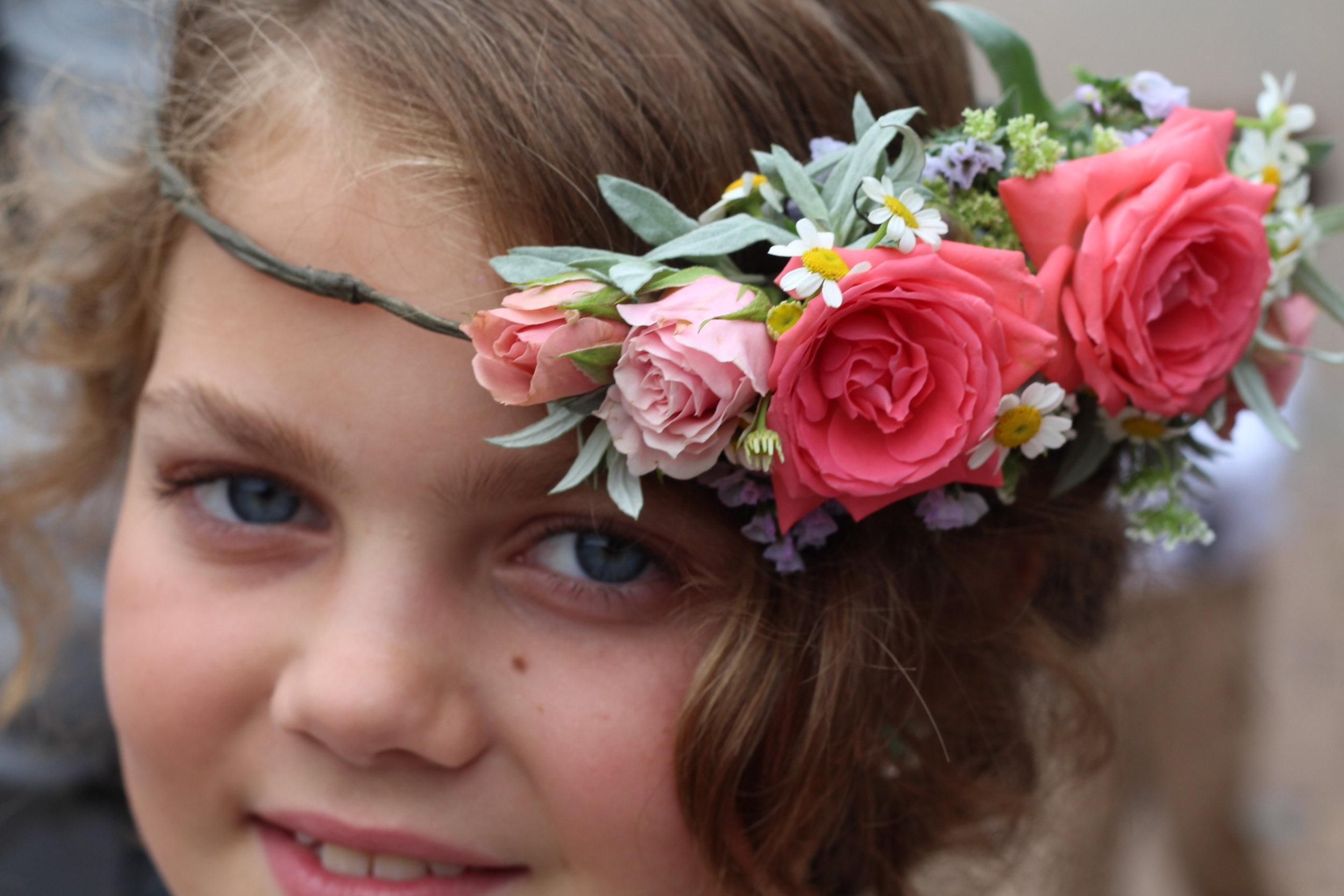 H- Cluster of rose flower girl.JPG