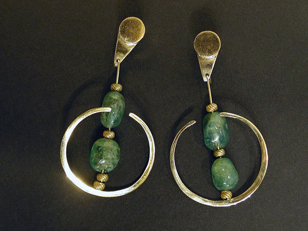 Emerald Bead & Gold Earrings