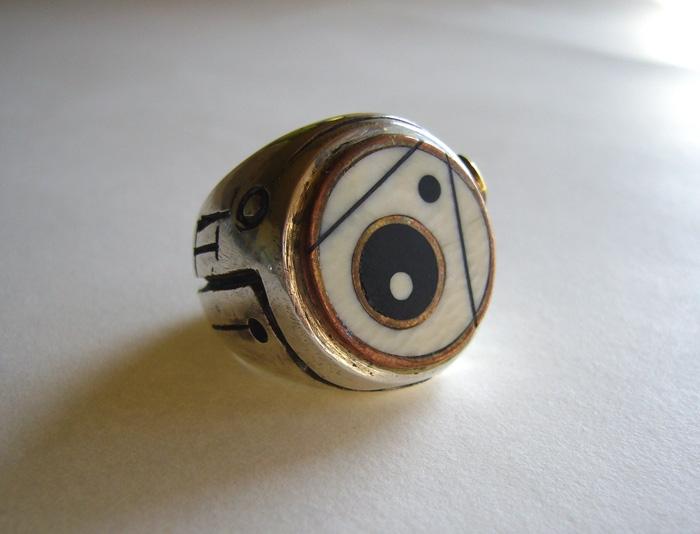 Dot Ring 1
