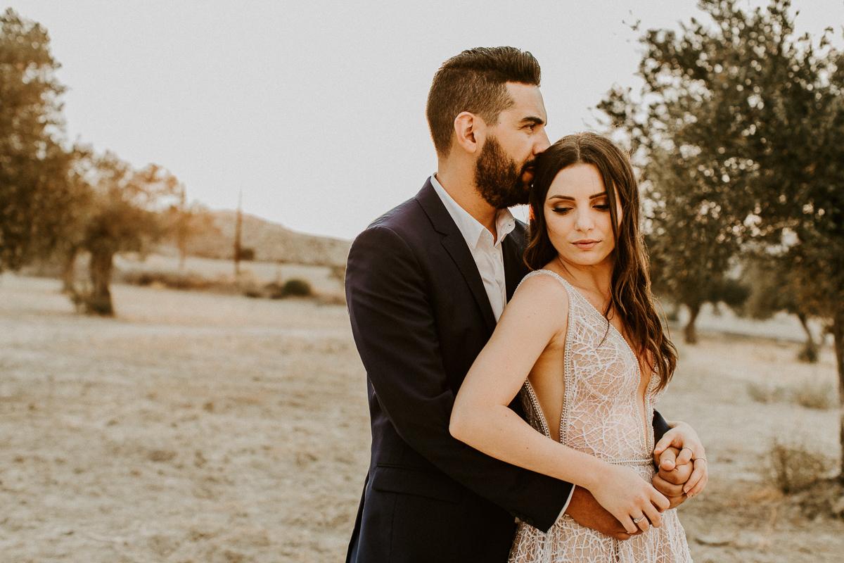 minimal-wedding-galu-seaside-cyprus-378.jpg