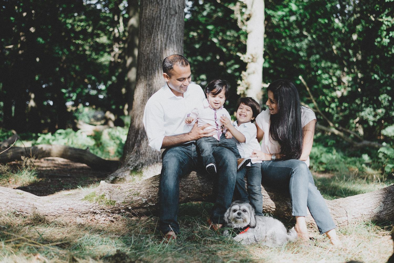 Family_Photography_Session_Richmond_Park-2901.jpg