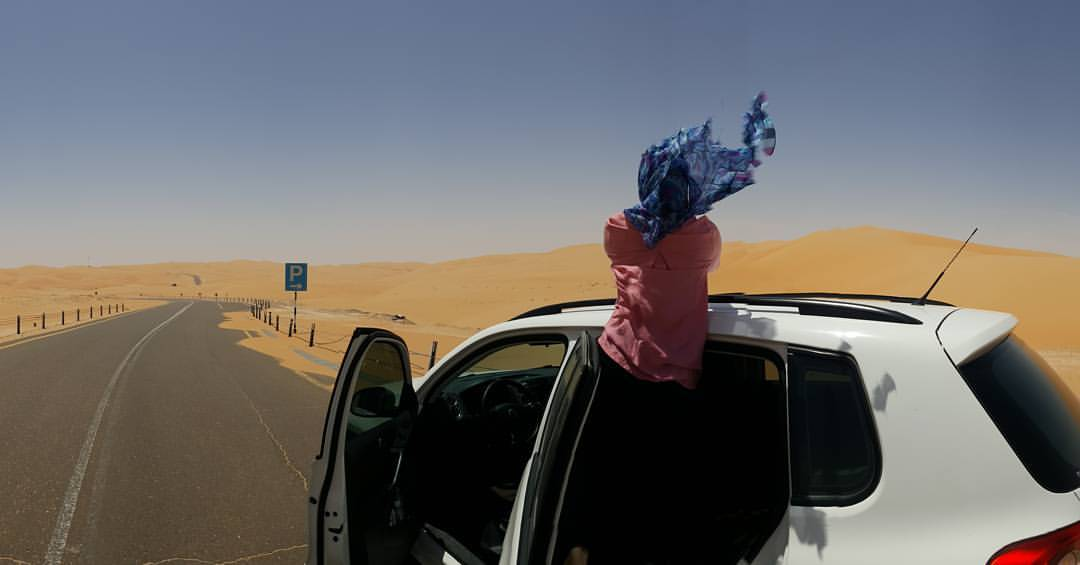 Trying to spot any wildlife in the Moreeb Dunes, UAE be like… 2017.