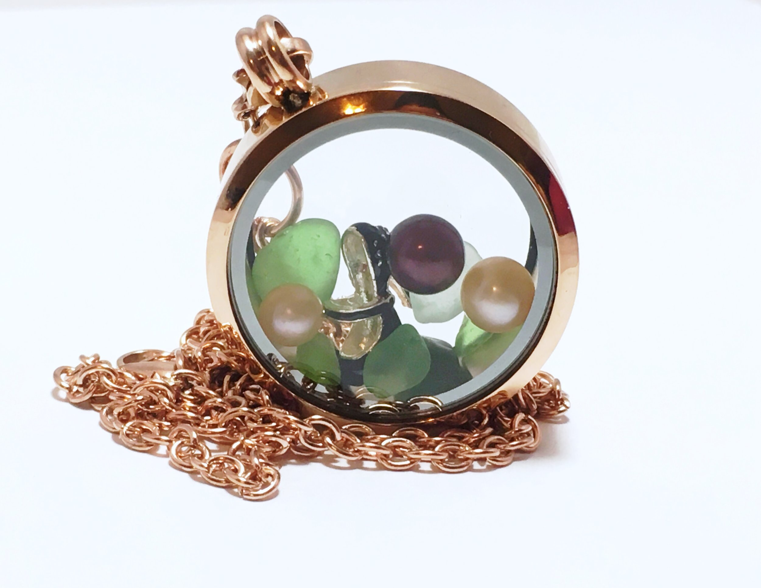 Lockets and Cages - Want To Show Off Your Pearls?Lockets and Cages Are A Perfect WayTo Do Just That!