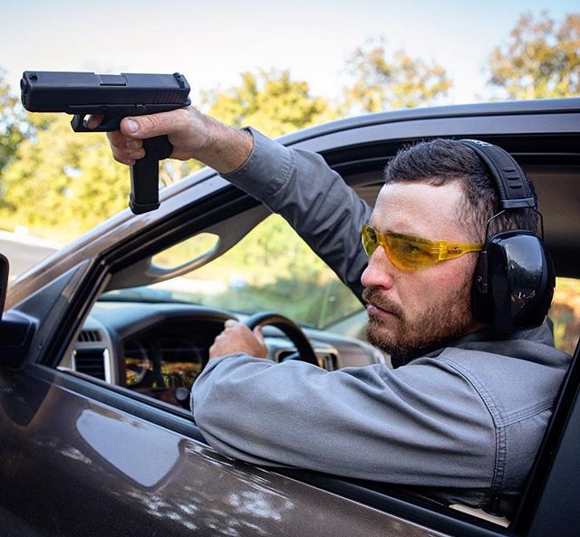 A #redneck drive-by! Don't forget your eye and ear protection! 😂😂😂😂 . . #glock #9mm #igmilitia #guns #weaponsdaily #gunsdaily #ar15pistol #tactical #firearms #freedom #murica #pewpew #pewpewlife #gunporn #gunsofinstagram #gunshow #2a #2ndamendment #highcapacity #instaguns #weapons #weaponsfanatics