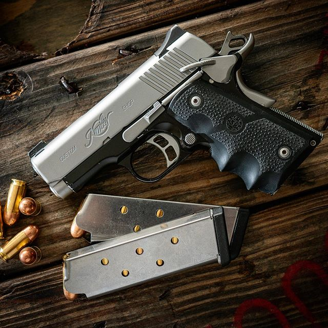 This @kimberamerica #1911 was my very first #carrygun. Such a great shooting #pistol. . . #gunsdaily #gunstagram #guns #firearms #firearmsdaily #weapons #weaponsdaily #igmilitia #freedom #murica #2a #2ndamendment #edc #everydaycarry #45acp #tactical #madeinamerica #pewpew #pewpewpew #thepewpewlife