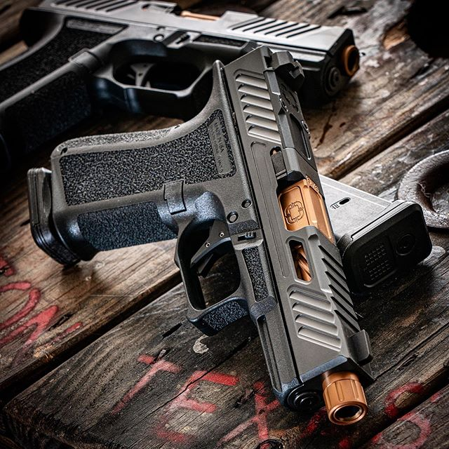 Look at that sexy @shadowsystemscorp #pistol! Can't wait to shoot it! . . #gunsdaily #gunstagram #gunsofinstagram #guns #igmilitia #edc #everydaycarry #2a #2ndamendment #tactical #tacticalgear #tacticool #madeinamerica #murica #freedom #gunporn #donttreadonme #pewpew #pewpewpew #thepewpewlife #weapons #weaponsdaily