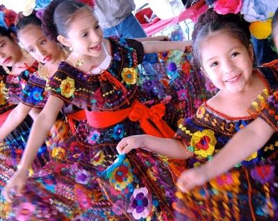 Cinco_de_Mayo_children.jpg