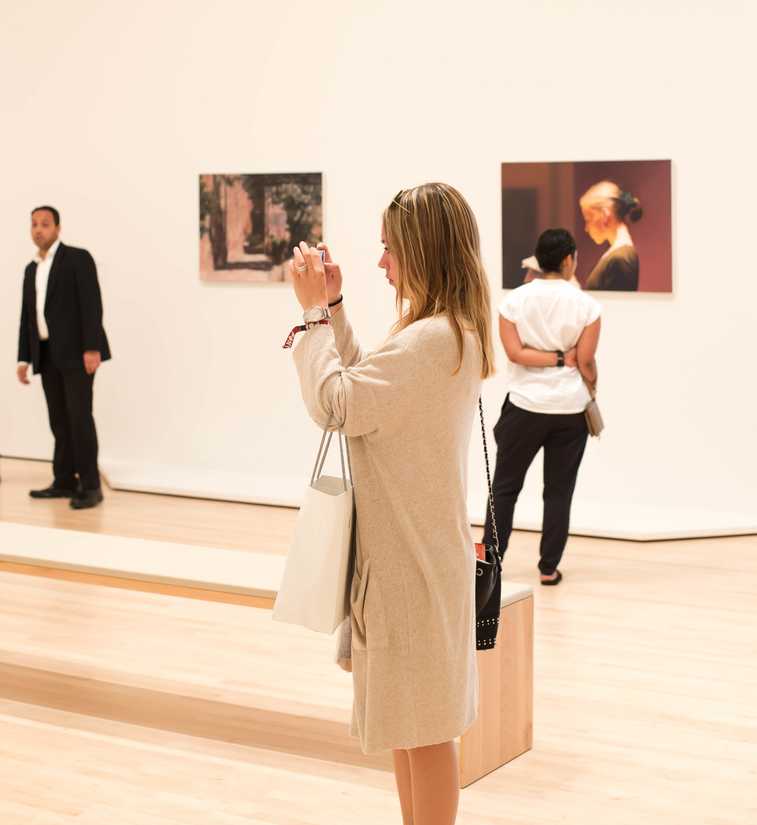 2016_06_03 sf_ca_usa moma woman richter V3.jpg