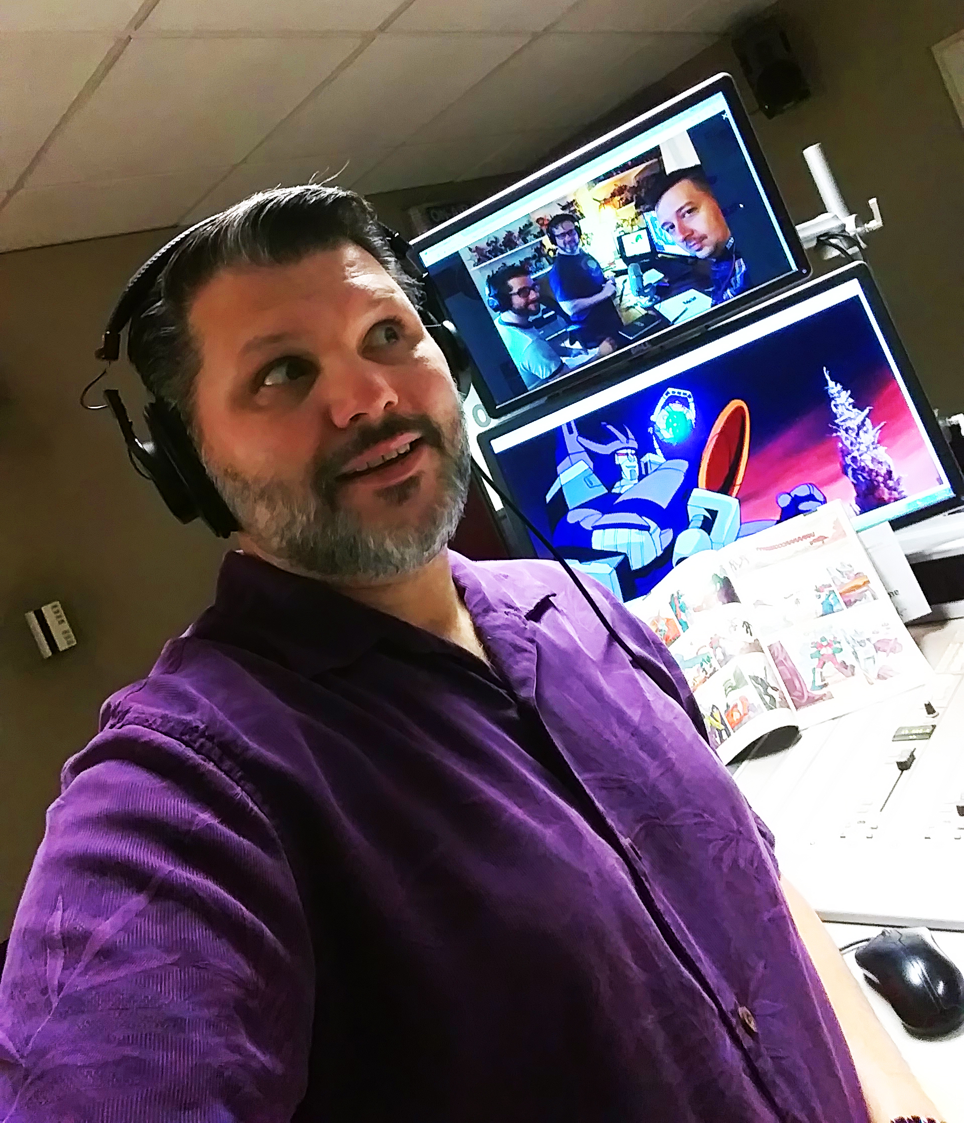 Special thanks to Mike Seibert of  Mike Seibert Radio  for joining us on this episode. Transformers: The Movie is his favorite movie and he had lots of great content to contribute to this epic minute.Mike interviewed us on episode 150 of his show released on April 10th.Go check it out!    For more great TF content, check out Mike on this live radio special on KGRG-FM:    https://soundcloud.com/mikeseibertradio/the-mmad-transformers-the-movie-30th-anniversary-celebration    Need more sweet TF content? Well how about this interview with The Cybertronic Spree, a TFTM-inspired band:  http://www.kgrg.com/episode/cybertronic-warrior-mike-interviews-the-cybertronic-spree/    https://soundcloud.com/mikeseibertradio/episode-153-rampage-pacific-rim-uprising-with-killing-spree