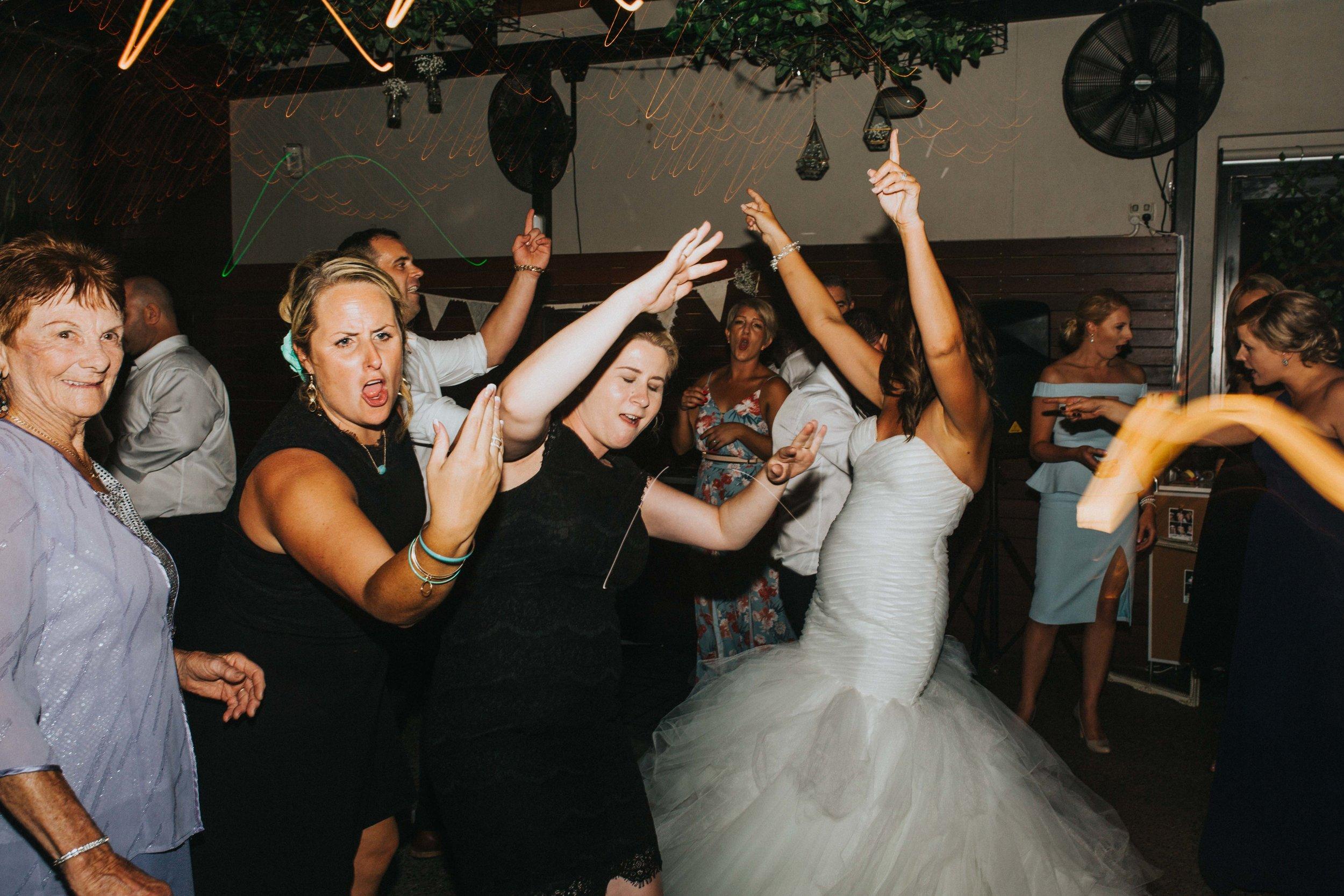 DELIOS-WEDDING_WEB-195.jpg