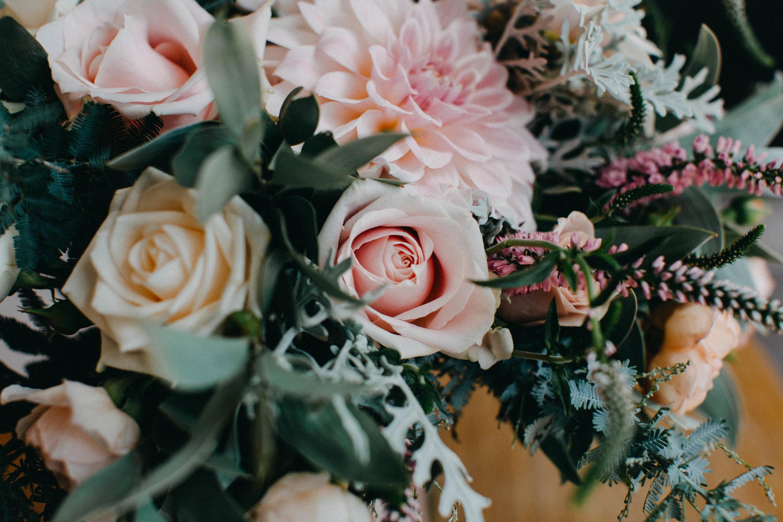 www.emilyobrienphotographynet-jess-ricky-blue-mountains-wedding-5.jpg