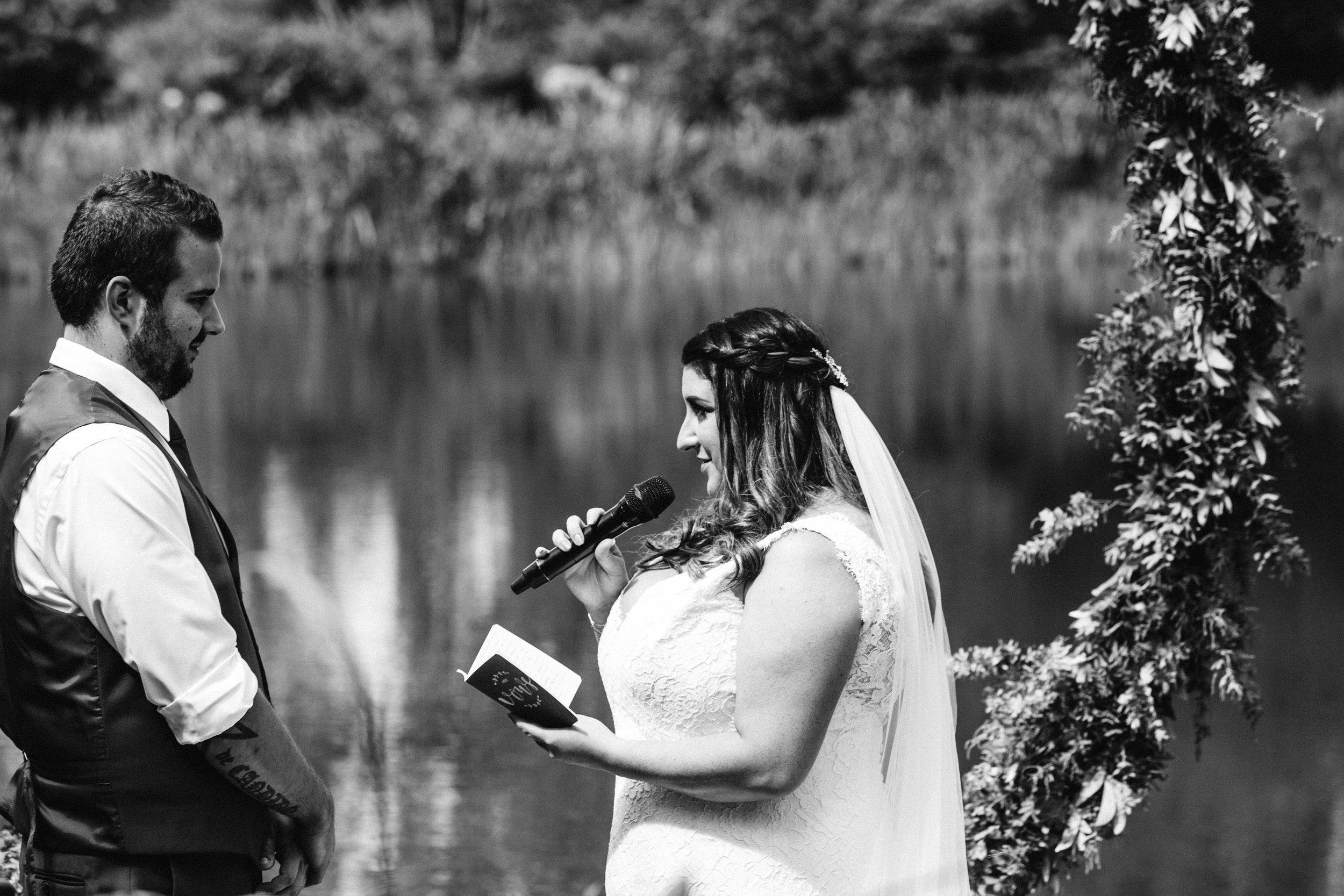 www.emilyobrienphotographynet-jess-ricky-blue-mountains-wedding-84.jpg