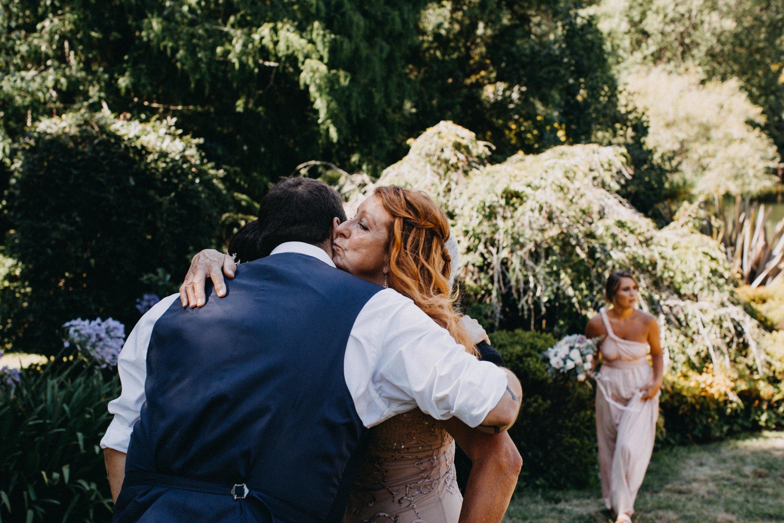 www.emilyobrienphotographynet-jess-ricky-blue-mountains-wedding-90.jpg