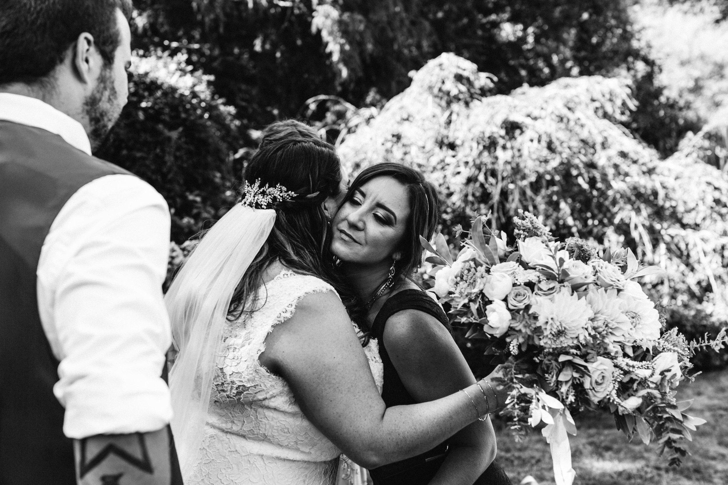 www.emilyobrienphotographynet-jess-ricky-blue-mountains-wedding-92.jpg