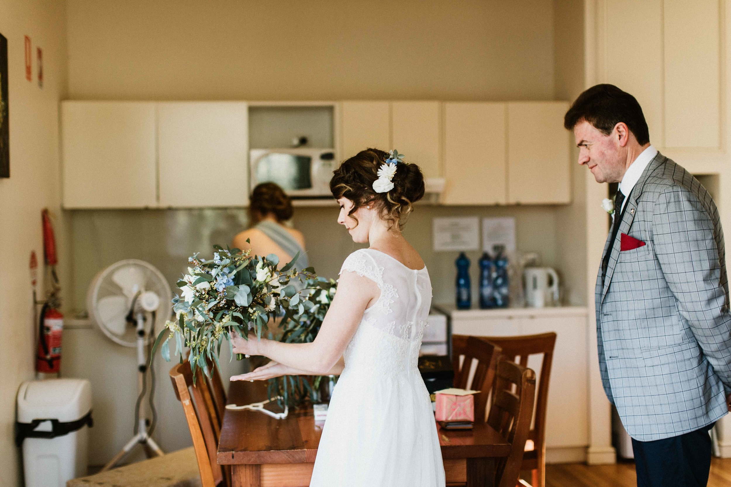 kangaroo-valley-bush-retreat-wedding-lydia-nate-www.emilyobrienphotography.net-38.jpg