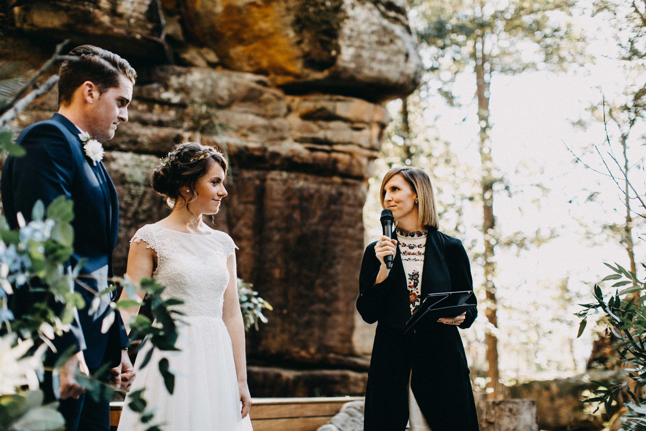 kangaroo-valley-bush-retreat-wedding-lydia-nate-www.emilyobrienphotography.net-58.jpg
