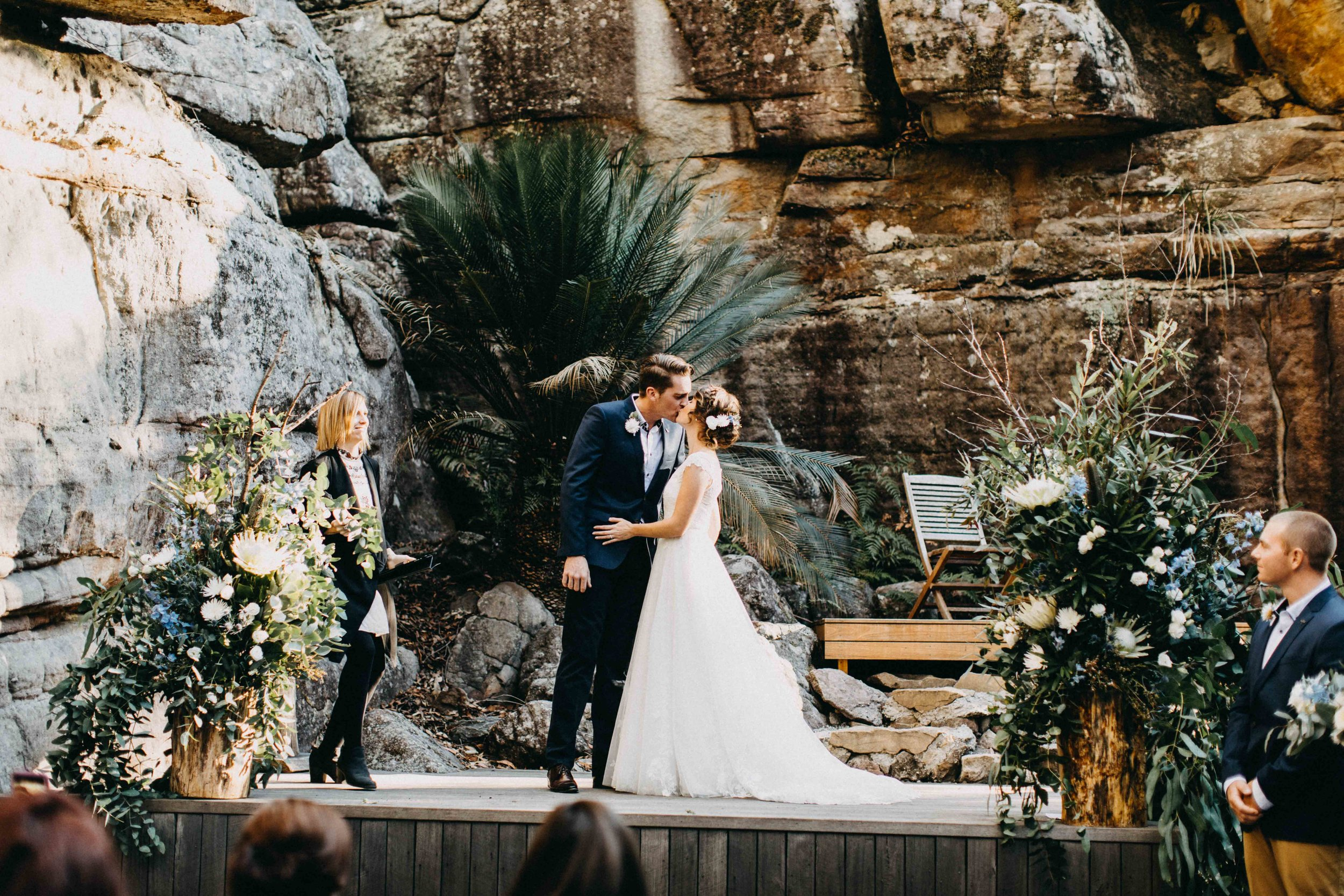 kangaroo-valley-bush-retreat-wedding-lydia-nate-www.emilyobrienphotography.net-64.jpg