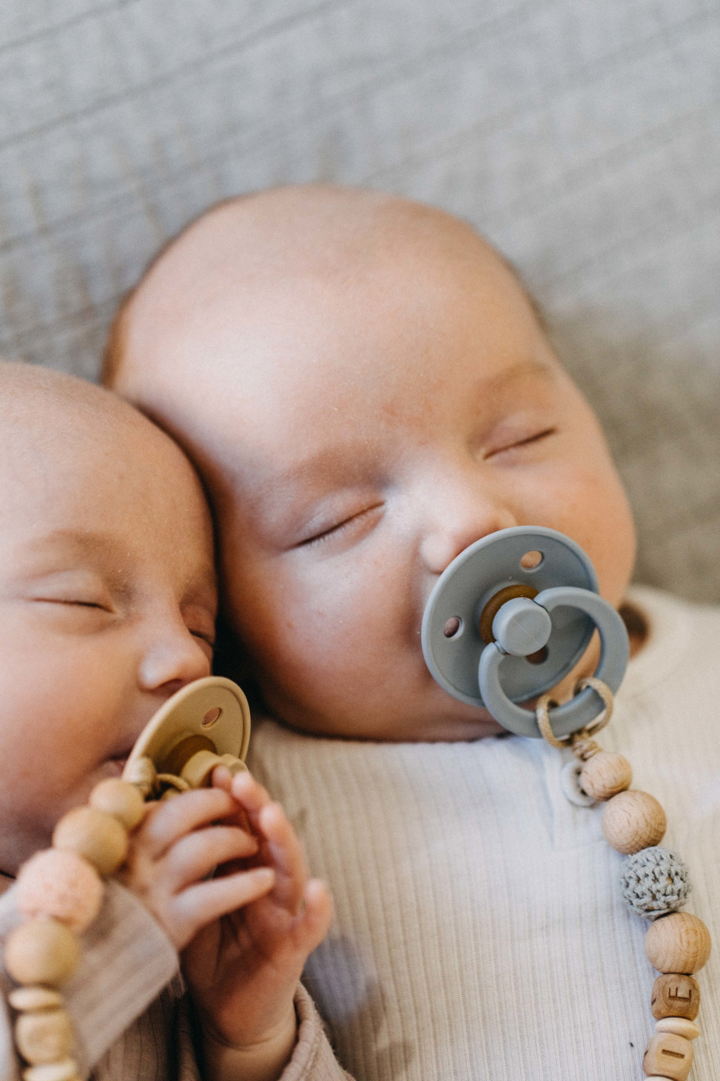 twin-newborn-photography-camden-macarthur-52.jpg