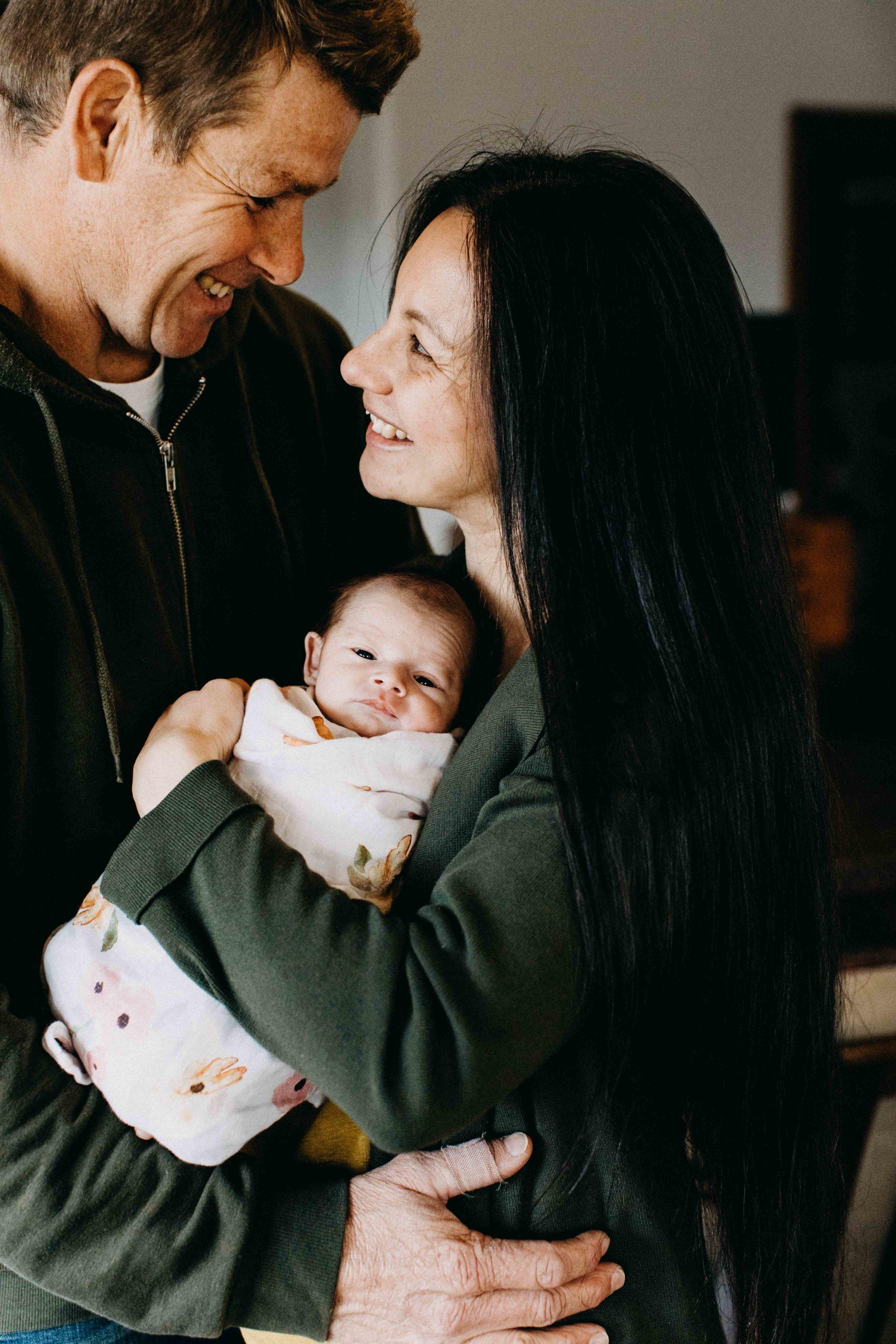 poppy-newborn-the-oaks-family-photographer-www.emilyobrienphotography.net-32.jpg