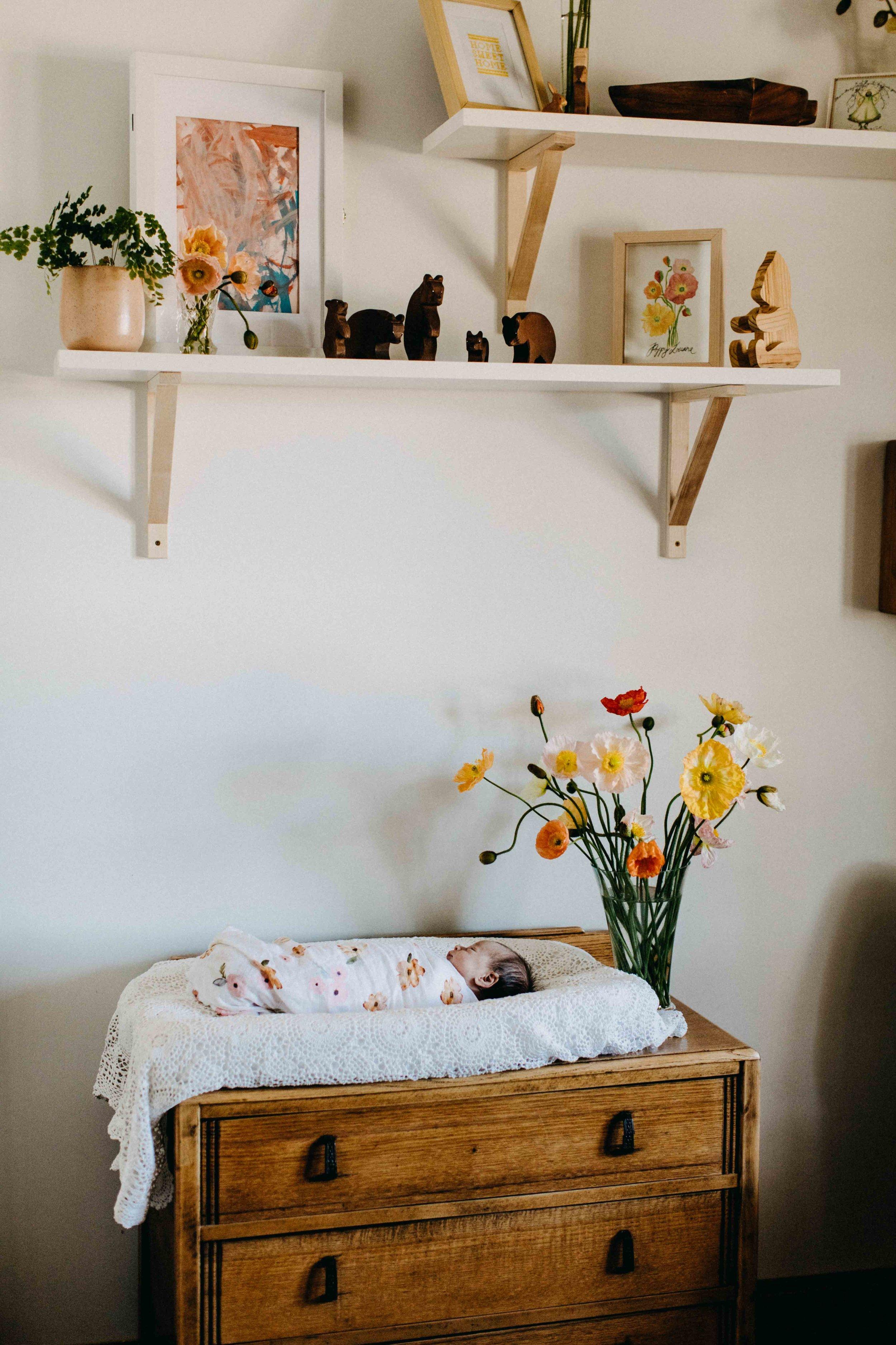 poppy-newborn-the-oaks-family-photographer-www.emilyobrienphotography.net-40.jpg