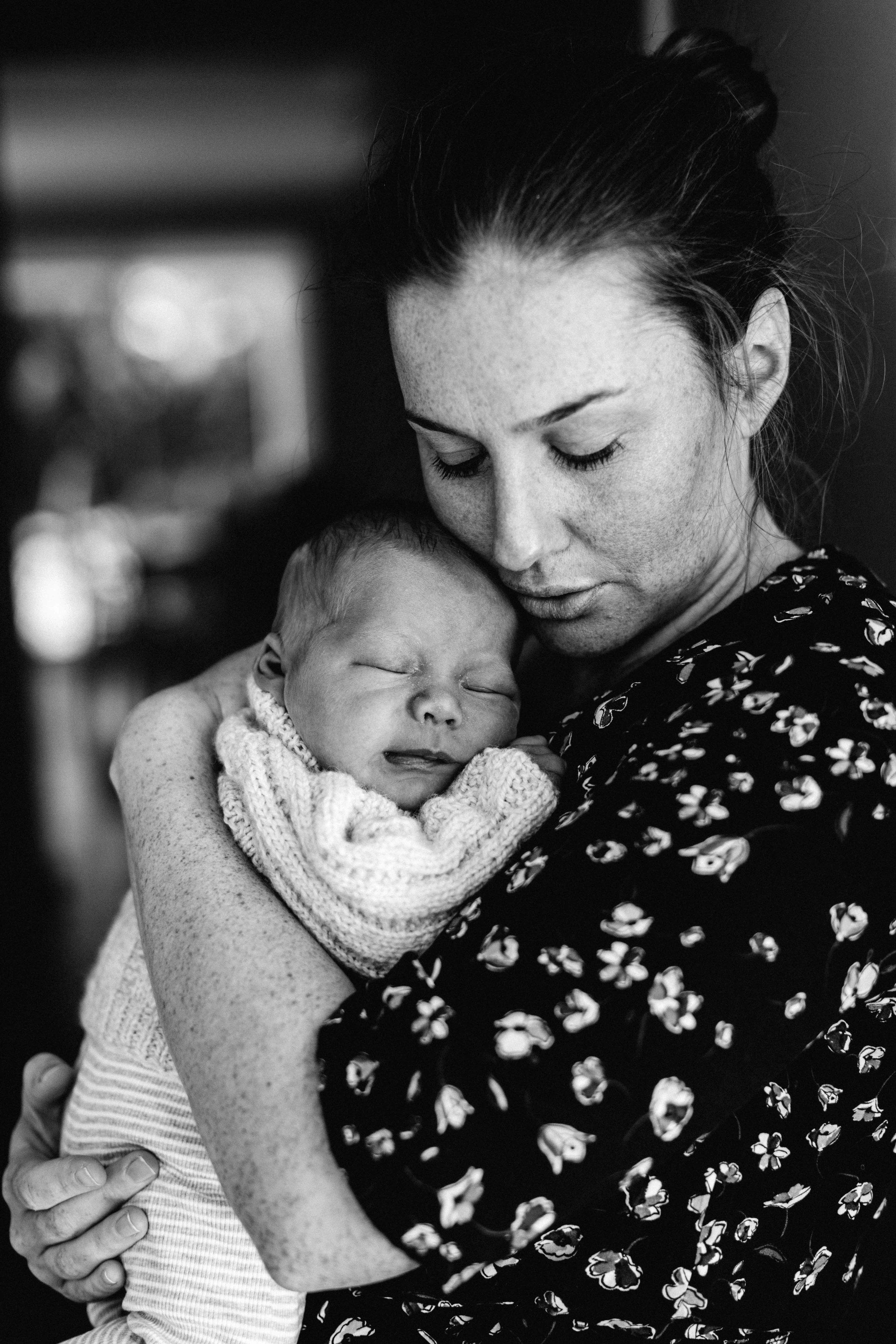 elderslie-newborn-family-photography-thom-maslen-www.emilyobrienphotography-20.jpg
