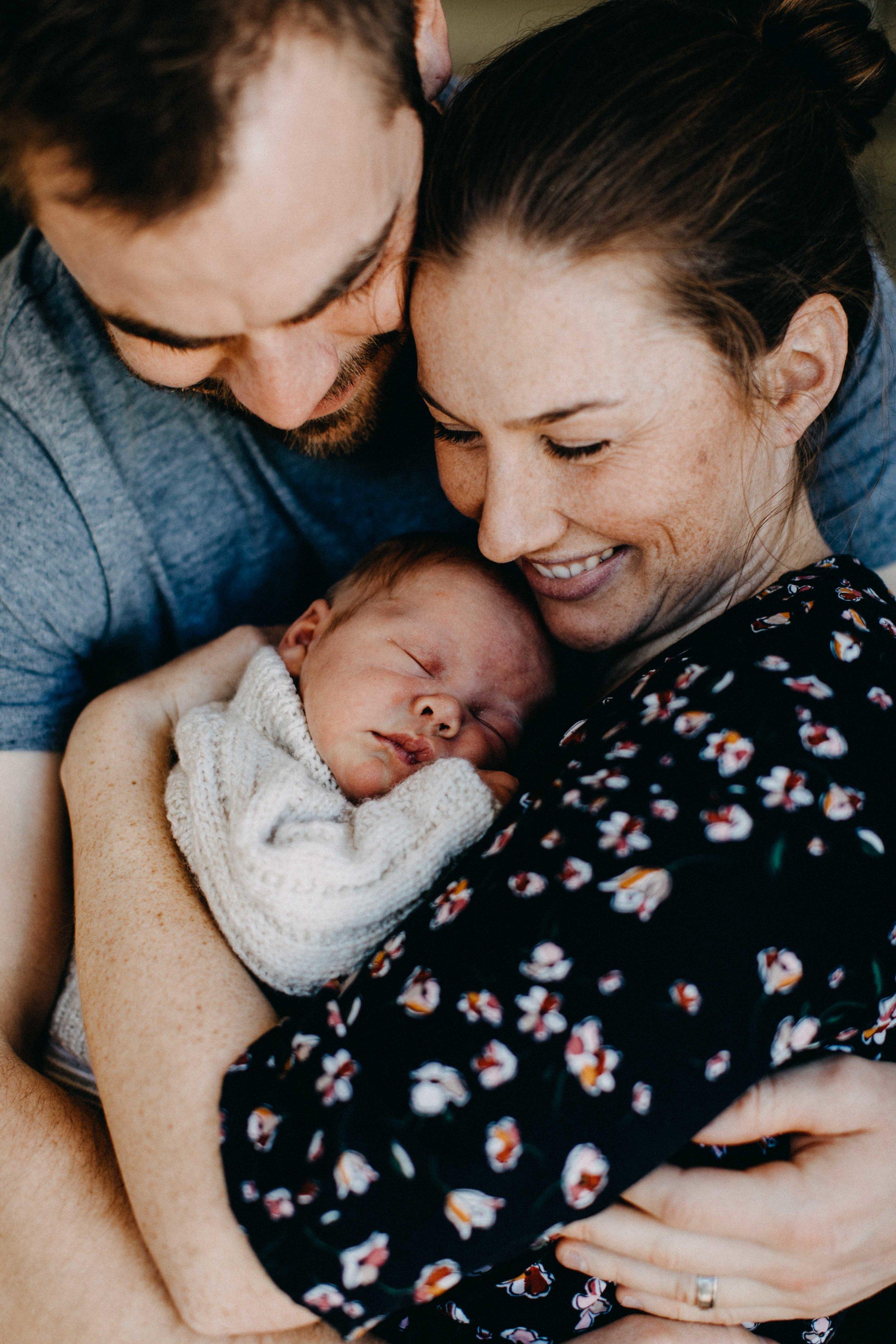 elderslie-newborn-family-photography-thom-maslen-www.emilyobrienphotography-21.jpg
