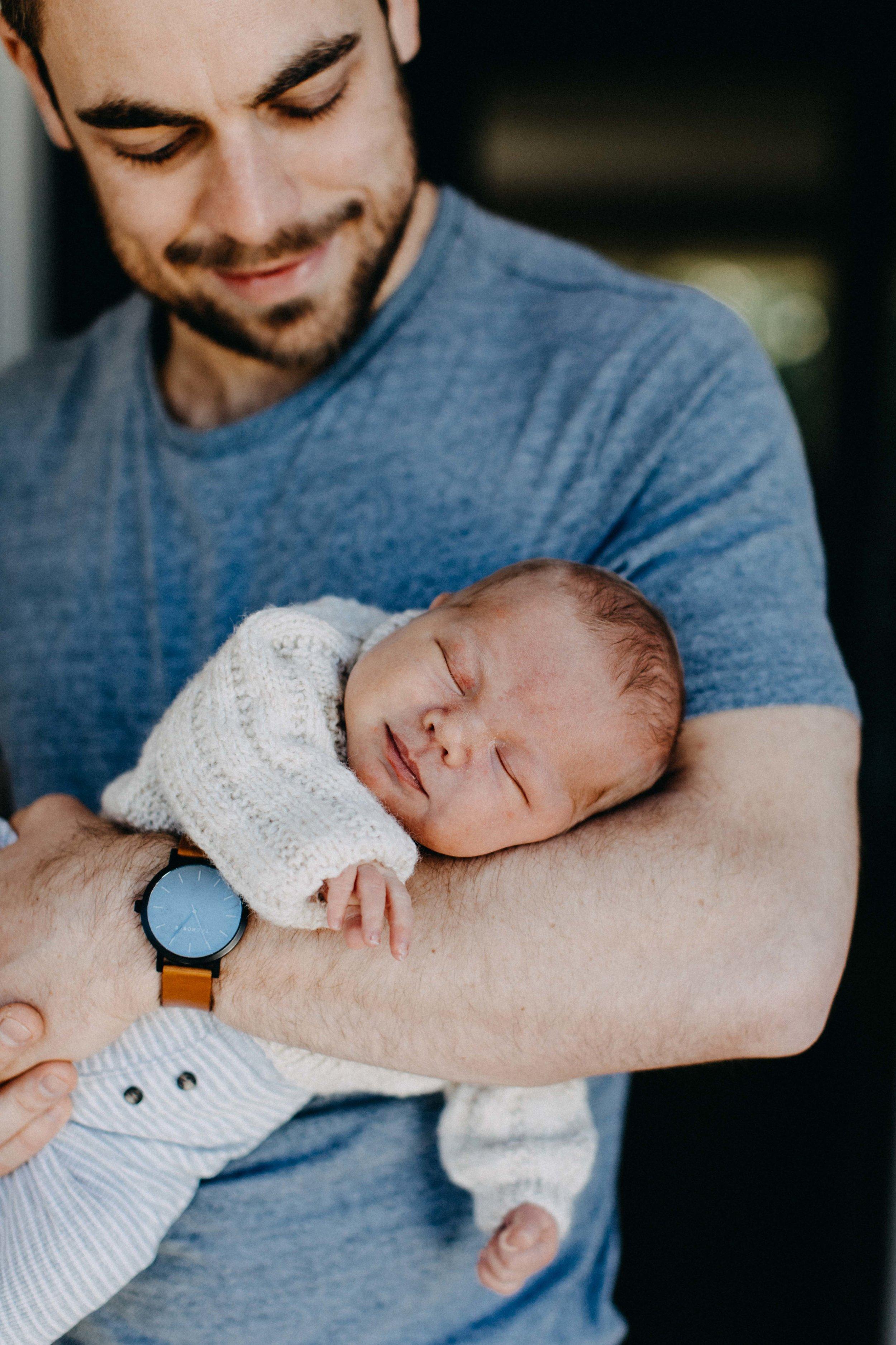 elderslie-newborn-family-photography-thom-maslen-www.emilyobrienphotography-26.jpg