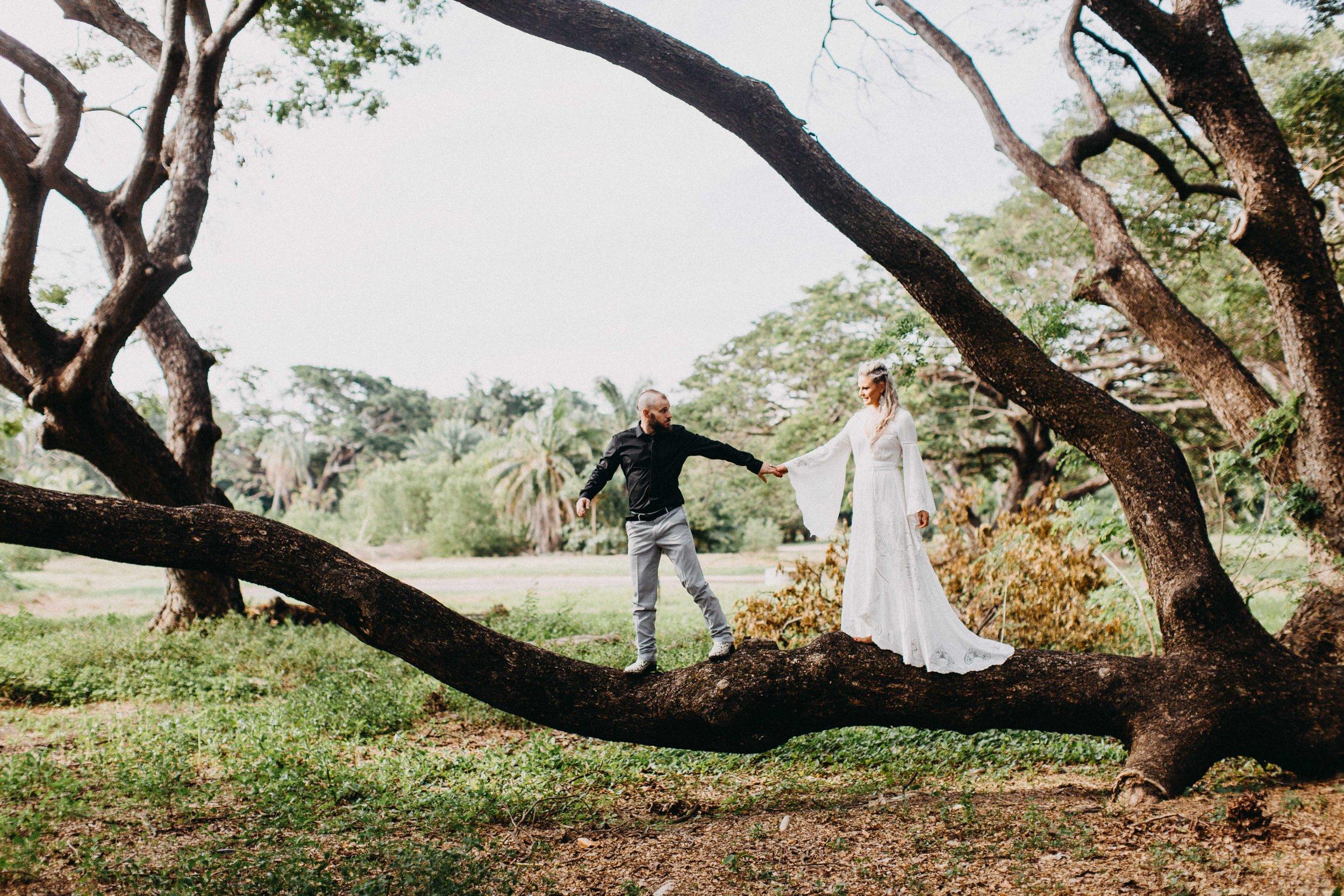 darwin-elopement-wedding-beach-camden-photography-www.emilyobrienphotography.net-35.jpg