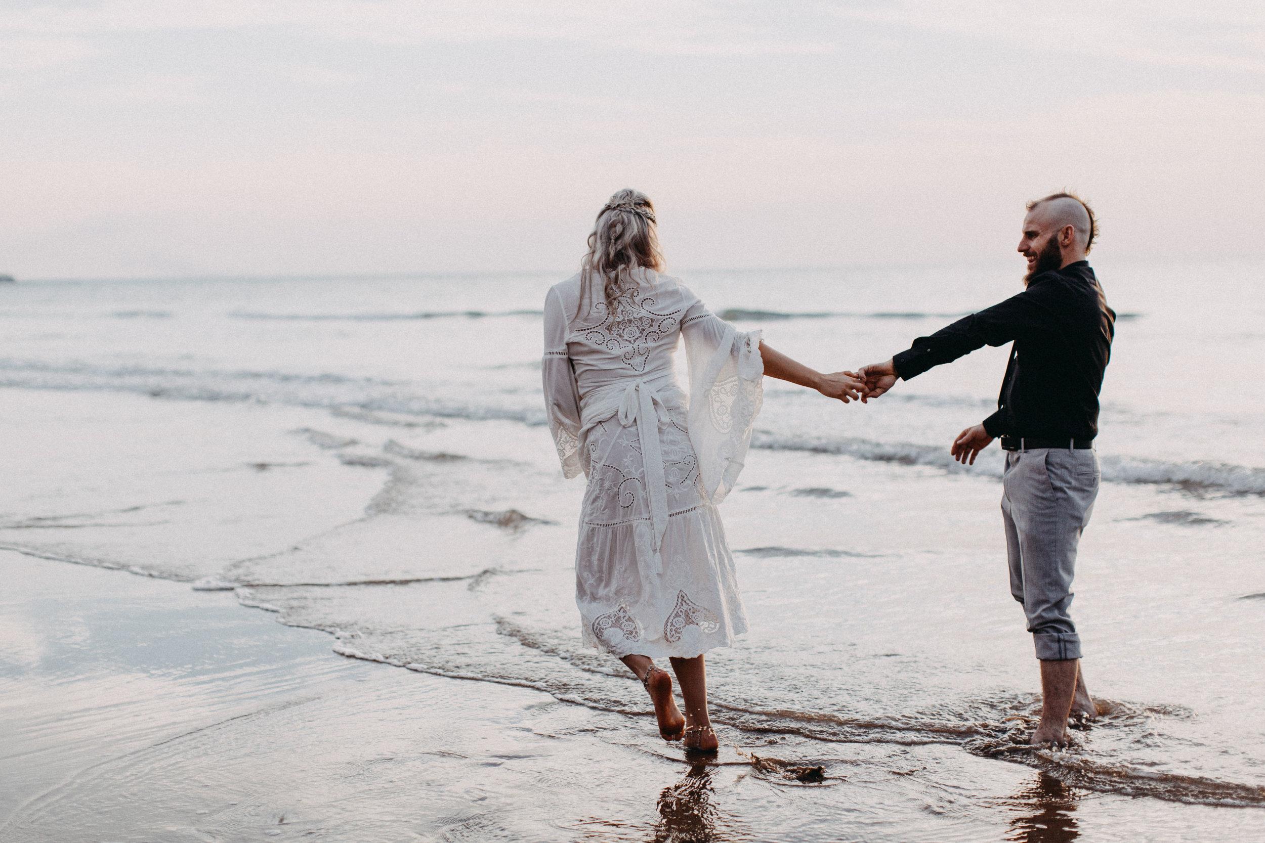 darwin-elopement-wedding-beach-camden-photography-www.emilyobrienphotography.net-74.jpg
