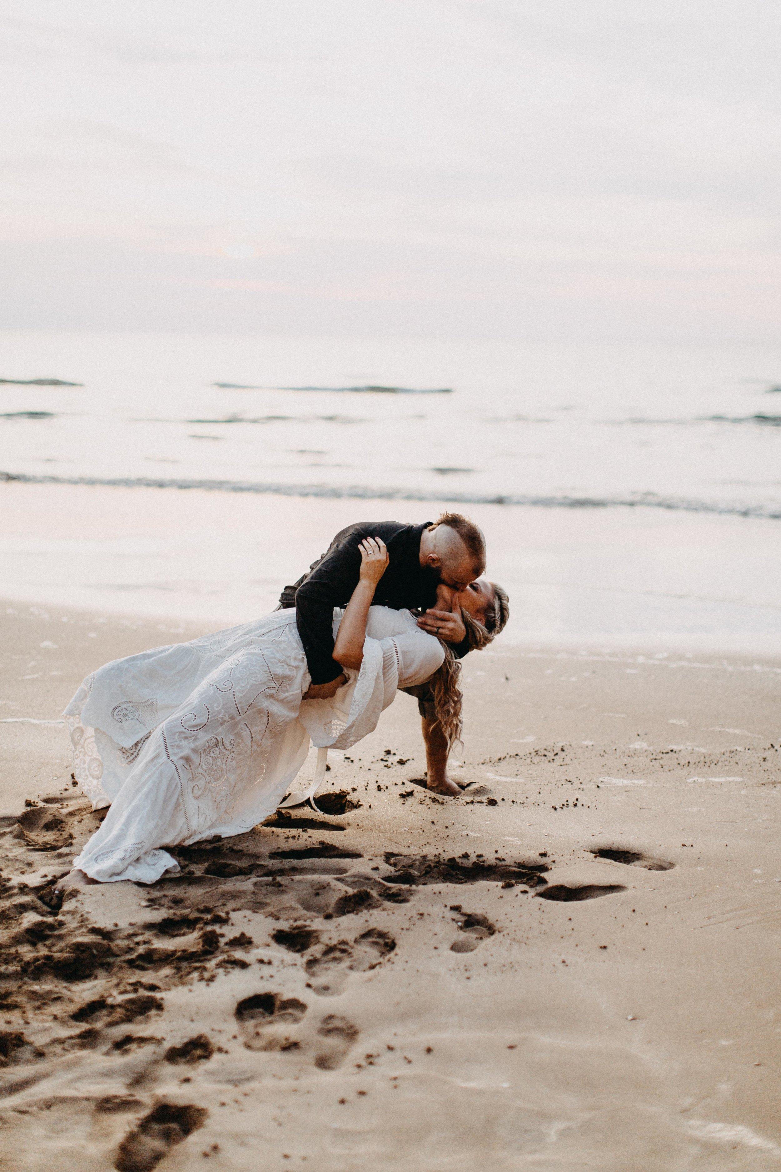 darwin-elopement-wedding-beach-camden-photography-www.emilyobrienphotography.net-93.jpg