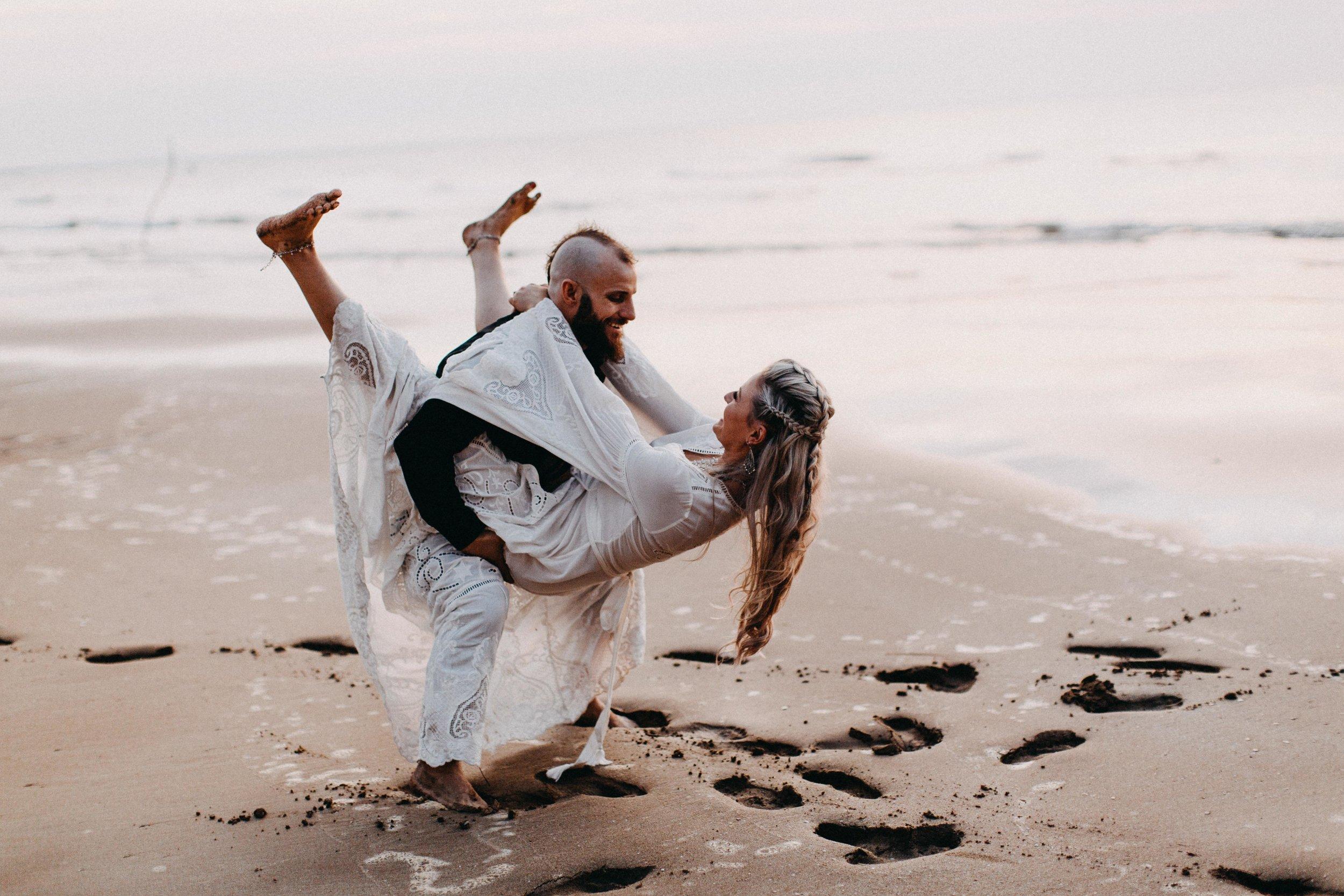 darwin-elopement-wedding-beach-camden-photography-www.emilyobrienphotography.net-96.jpg