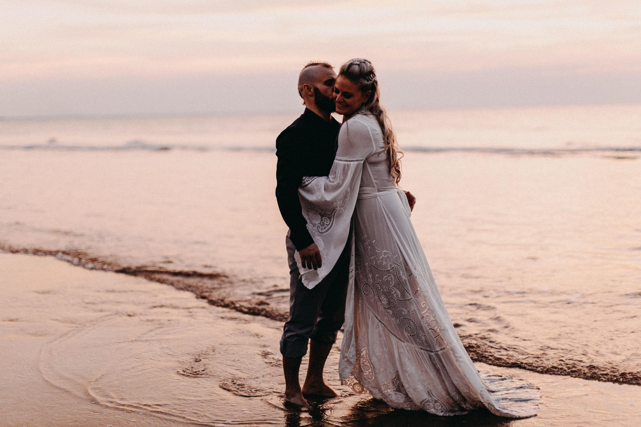 darwin-elopement-wedding-beach-camden-photography-www.emilyobrienphotography.net-102.jpg