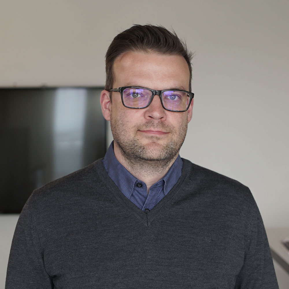 ESA-PEKKA EKFORS    Account manager, MBA   +358 40 574 8970