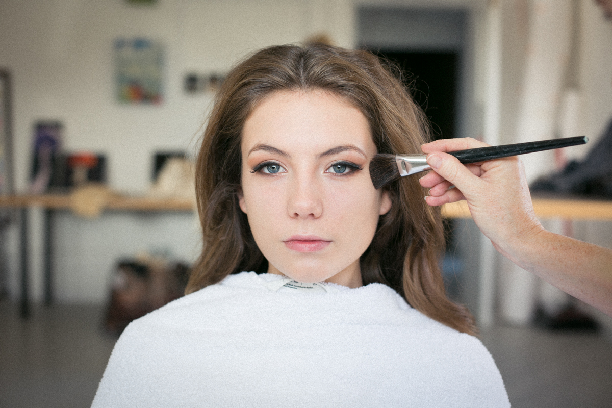 model Hattie in make-up   Image by Nick Ilott