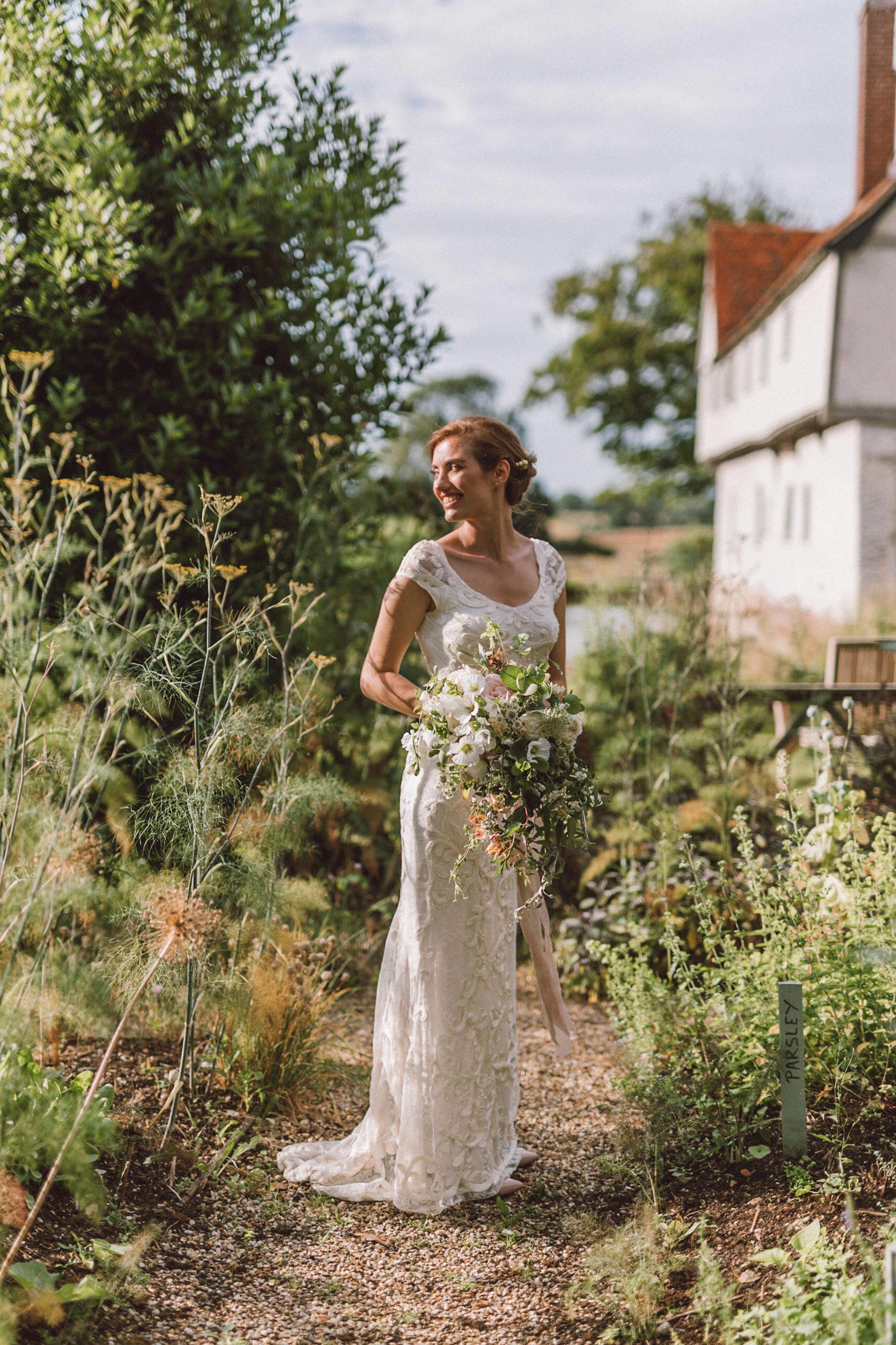 Emily & Steve Photography Summer-Garden-Wedding-207.jpg