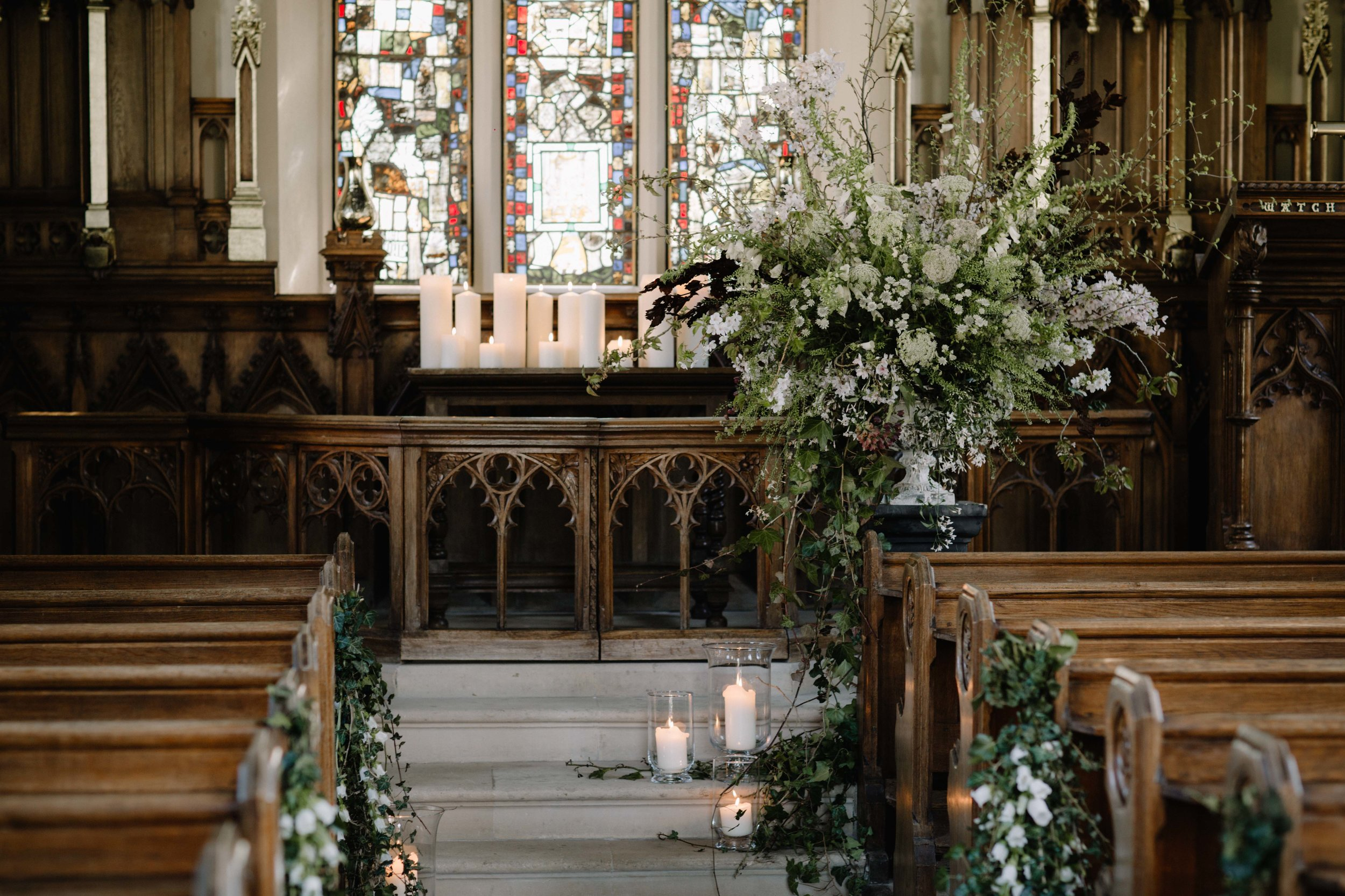 Urn flowers - Moss & Stone Floral Design | Rebecca Goddard Photography Coco  Kat Holywell Hall-53.jpg