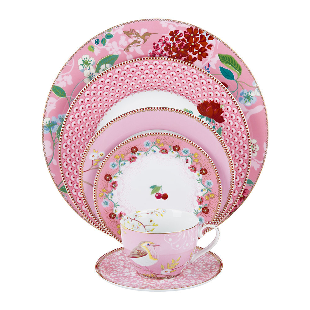 Absolutely stunning! This luxury dinner set ranges between £4.50-£56 depending on which items in the set you want to purchase and how many. This gift would be VERY appreciated (and may or may not currently be on my wishlist).