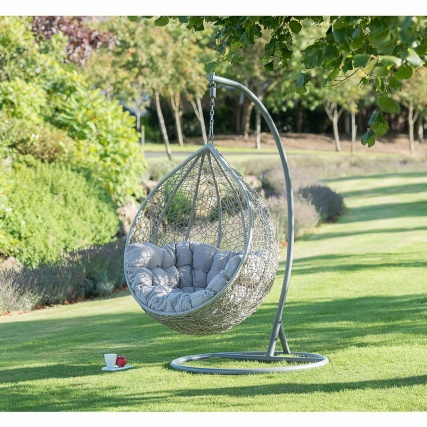 Siena Hanging Egg Chair  £150.00