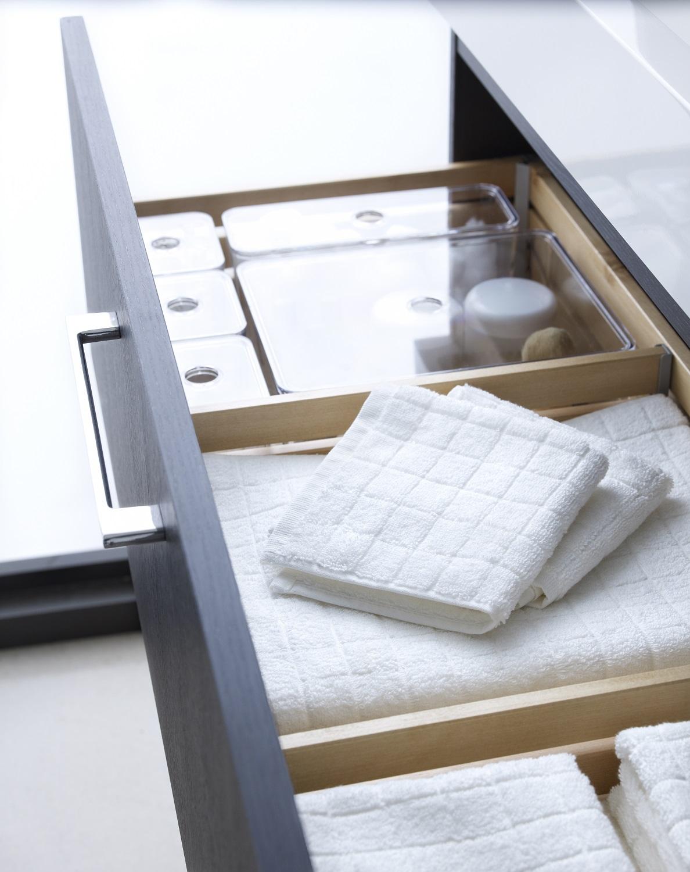 IKEA GODMORGON STORAGE - Storage box with 5 different compartments£10